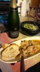 鍋さん料理にシャンパン